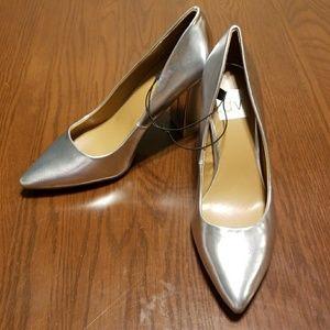 Dolce Vita silver prom heels NWT 7 a108:8:318